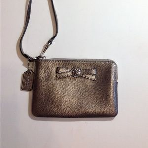 Coach leather wristlet in soft silver/grey leather